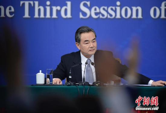 外交部长王毅被查_王毅谈南海:不会像有的国家跑别人家搞违章建筑-搜狐军事频道