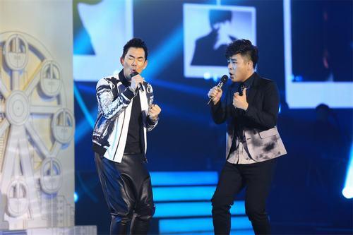 任贤齐作为好歌曲总决赛助唱嘉宾