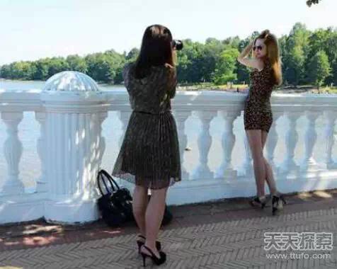 俄罗斯美女泛滥成灾 凹凸有致性感销魂!