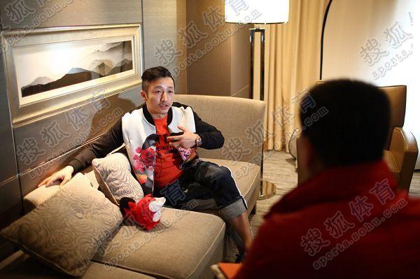 图文:搜狐专访邹市明 直面镜头