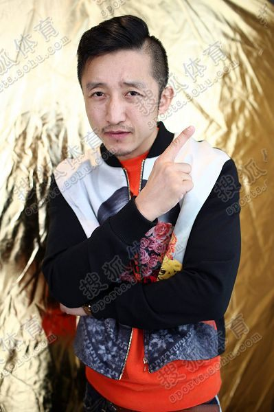 图文:搜狐专访邹市明 霸气四射