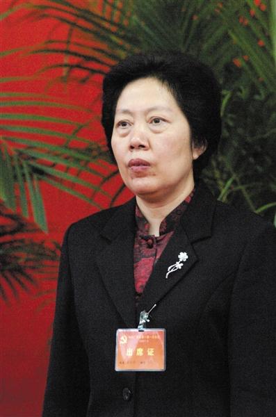 最高检常务副检察长胡泽君。