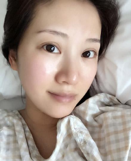 3月14日,演员李念顺利产下了第二胎,发微博报喜并晒出了宝宝的照片