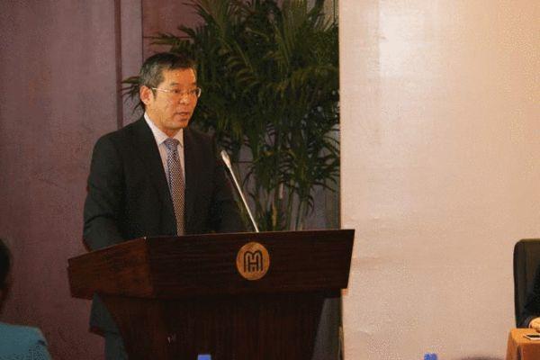 中国拍卖行业协会秘书长李卫东揭晓2014年拍卖行业十大事件