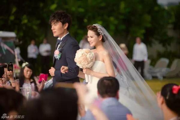 伊能静浪漫普吉岛海边婚礼