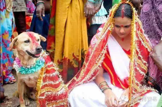 男女露天混浴:惊世骇俗的19个印度习俗