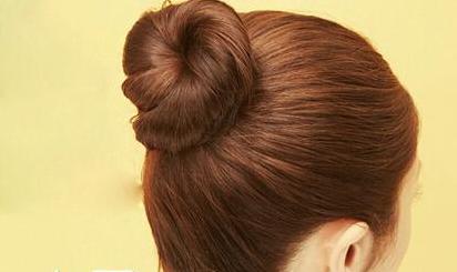 教你最简单的丸子头扎法图片