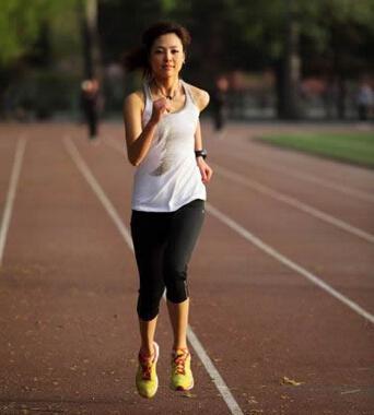 跑步减肥法_跑步减肥的正确方法 如何通过跑步来减肥