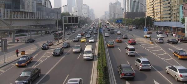 柴油车,并且从政策引导、地形分布、价格优势、油价等环节分高清图片