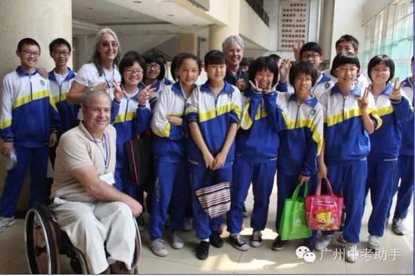 广州重点高中校服大比拼背后的高中课余生活图片