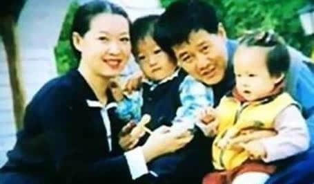 赵本山妻子罕见亮相 赵本山女儿晒母亲照片 - 点击图片进入下一页