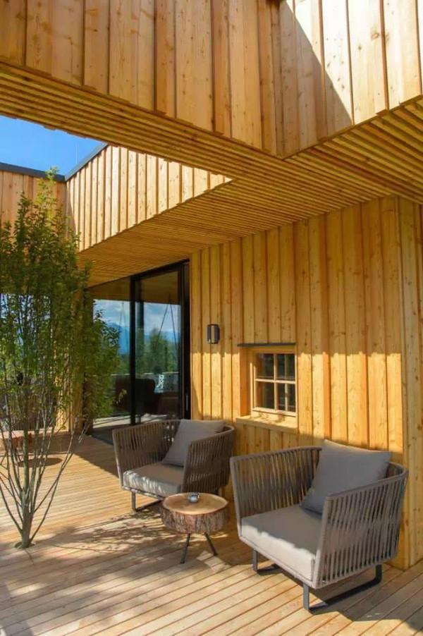 思越木结构|凌驾高处的山间奢华木屋
