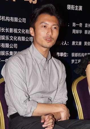 谢霆锋被追问张柏芝 反问:你是不是想死呀图片