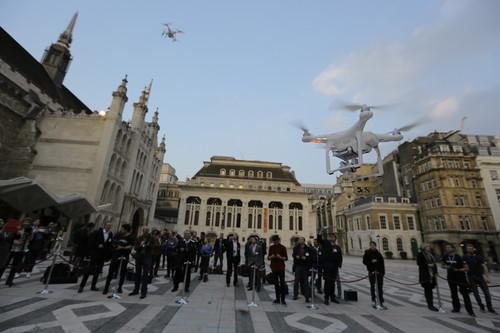 支持4K视频拍摄 大疆hantom 3无人机发布