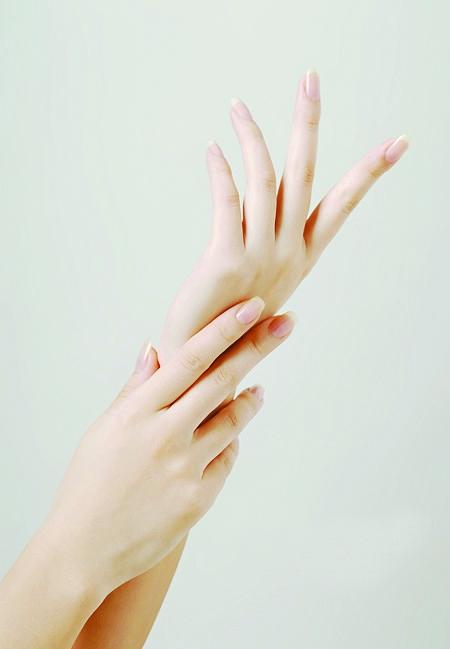 要知道手是女人的第二