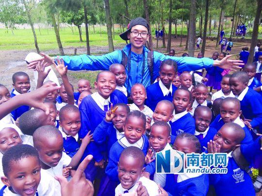 张泽展跟孩子们