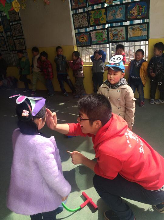 连云港赣榆区安贝儿幼儿园--小青蛙跳跳跳优秀教案年级版五人教上窃读记图片