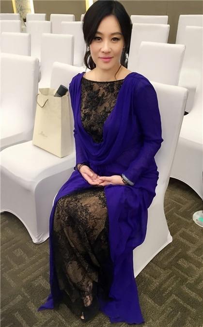 《我是女王》亮相北京电影节 邬君梅展女王气场