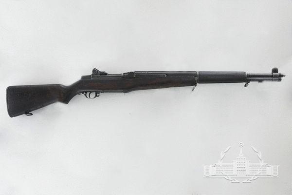 原文配图:7.62毫米M1式加兰德半自动步枪