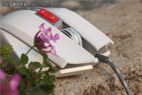 炫光风暴英雄A9800电竞游戏鼠标