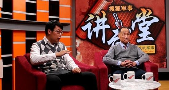图为李杰、魏东旭在访谈现场。