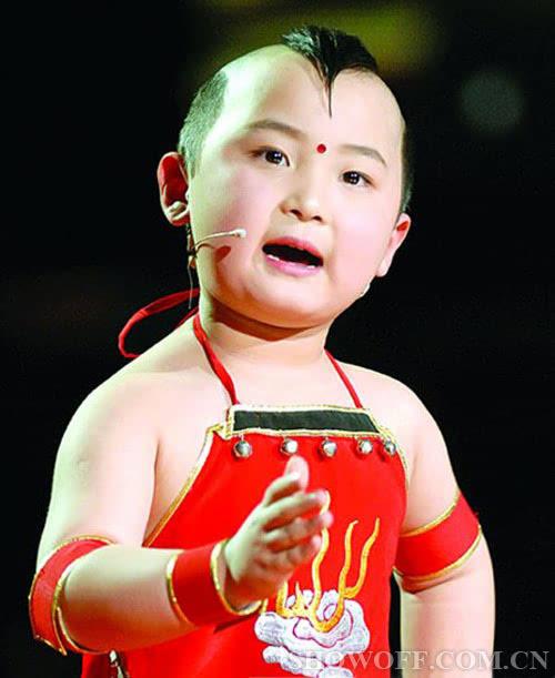 年仅8岁的春晚福娃邓鸣贺因白血病复发去世