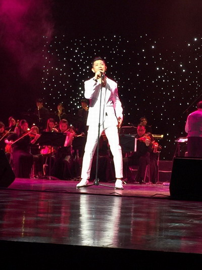 罗中旭演唱经典成名作《星光灿烂》