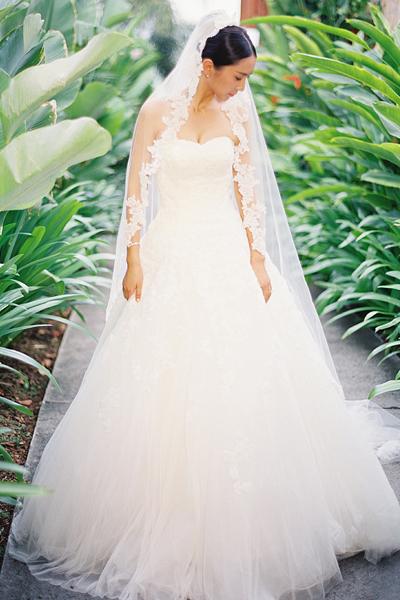 trailing veil
