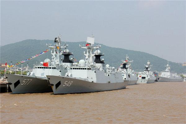 回复:壮观!16艘军舰同港排建,这样的基地中国至少4个