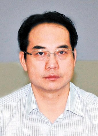 4月21日,湖南省岳阳市临湘市市长龚卫国因涉嫌吸毒,被公安机关立案调查,其临湘市市委副书记、市长的职务也先后被免。
