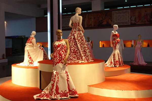 杭州服装设计培训,兴元设计工厂式教学新模式