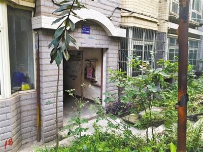 易先生所在小区楼栋。重庆晨报记者 王梓涵 摄