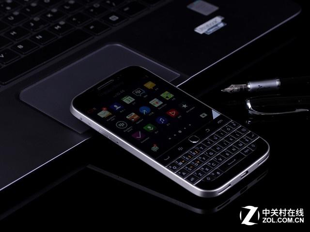 商务机配全键盘 黑莓Q20商家报价2888元