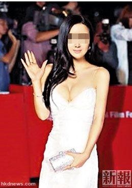 疑犯江某把她的脸PS到韩国釜山影戏节歌星身上。