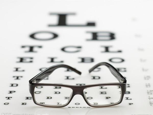 视力灯箱内部结构