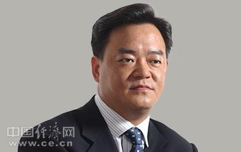宝钢副总经理崔健涉嫌受贿罪被立案侦查图/简历