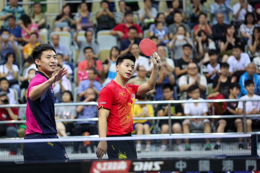 当日,澳门国家乒乓球队田径与中国澳门乒乓球运动员在塔石中国体育馆中学生队员调查中运动损伤情况的分析训练图片
