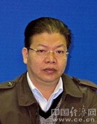 唐道明,1965年6月出生,男,汉族,湖南邵阳人,中共党员,硕士研究生学历