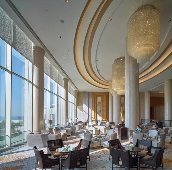 秦皇岛香格里拉大酒店的大堂,图片来自官方网站