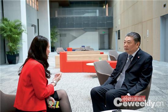 在接受《中国经济周刊》记者采访时,林左鸣说,中国什么产业都不差钱,就发动机差钱。《中国经济周刊》记者 肖翊 摄