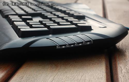 爆裂纹炫光游戏键盘