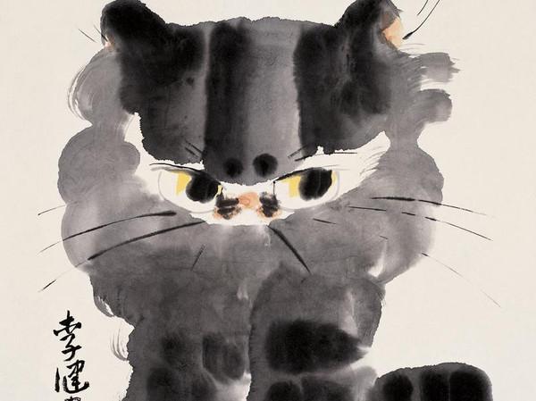 李健是李苦禅先生的女儿,从小受到父亲的影响对绘画产生了浓厚的兴趣,其笔下的画作深得自然天真之趣。李健是个真爱猫的人,她总是带着真诚去表现它们,没有一点矫揉造作。她以猫为题材的水墨小品《狡鼠已绝迹殿上伴瓶花》中,百无聊赖的小猫用抓子拨弄瓶花;《戏球图》中猫儿像人一样慵懒地躺着,翘着二郎腿盯着不远处的绒绒球玩具;有的图中小猫则摇着尾巴,回首望着飞过的蜜蜂这些都是猫的生活中常有的动态,带着浓浓的生活气息,与浓、淡、干、湿的水墨的巧妙运用结合,加上对猫儿眼部的适度夸张,构成了一个个生动的形象。观察之细腻而入