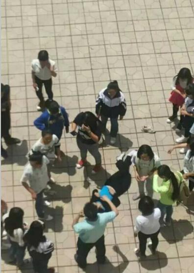 四川仁寿职教一女生在学校跳楼身亡