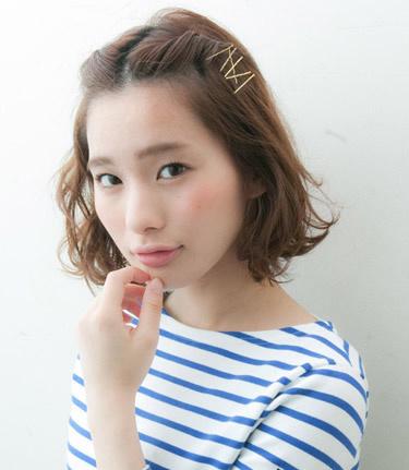 v教程街刘海编发教程图解可爱十分吸睛怎么剪整齐的中长发图片