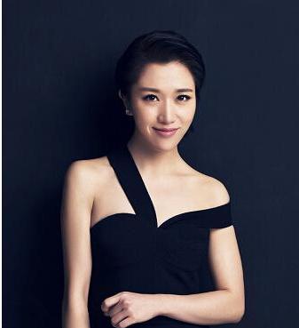 歌手胡杨林的《香水有毒》曾是有数失爱姑娘的心灵鸡汤