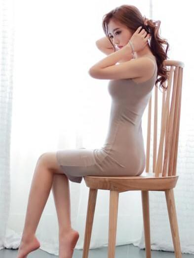 大长腿女生唯美图片