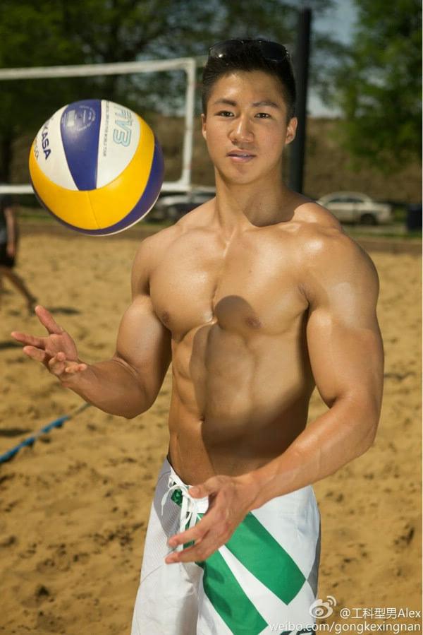 运动型肌肉帅哥 亚洲帅哥图片