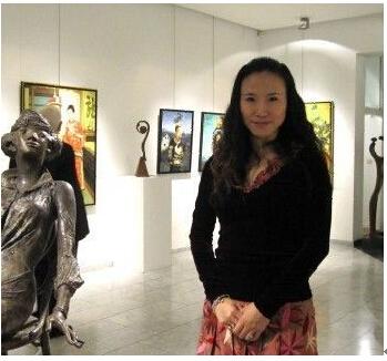 """旅法驰名油画家王俊英被东方媒体称为""""东方油画女神"""""""