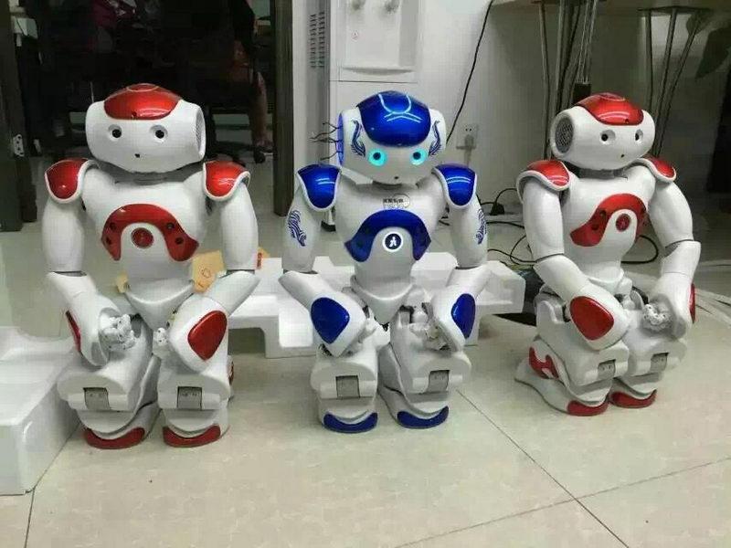 人工智能机器人_