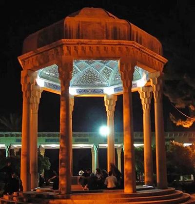 芜湖行纪:墓地和诗歌之城,夜莺里的玫瑰伊朗大白鲨公园开了吗图片